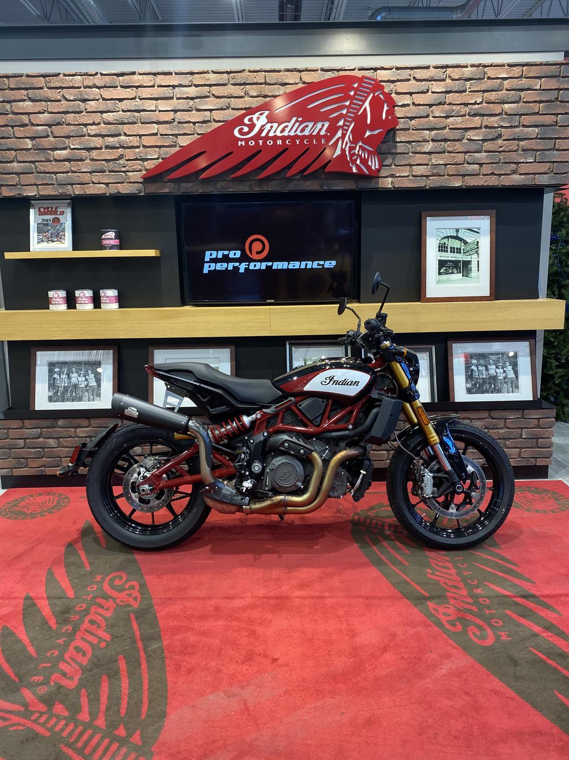 Indian Motorcycle FTR 1200 S Race Replica DÉMONSTRATEUR 861 KM 2019 - trsp & prep inclus.