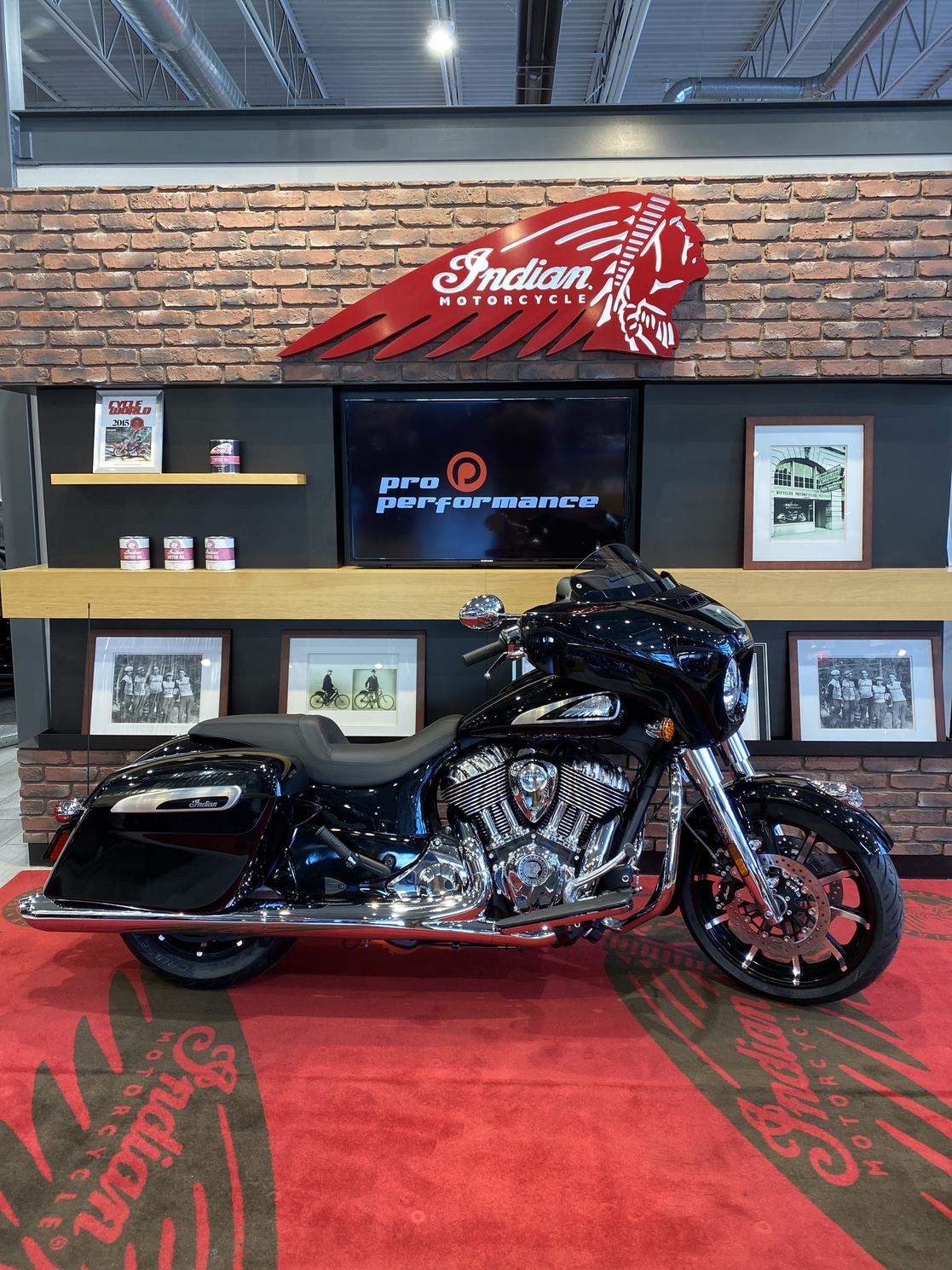 Indian Motorcycle Chieftain Limited 2021 - trsp & prep inclus.