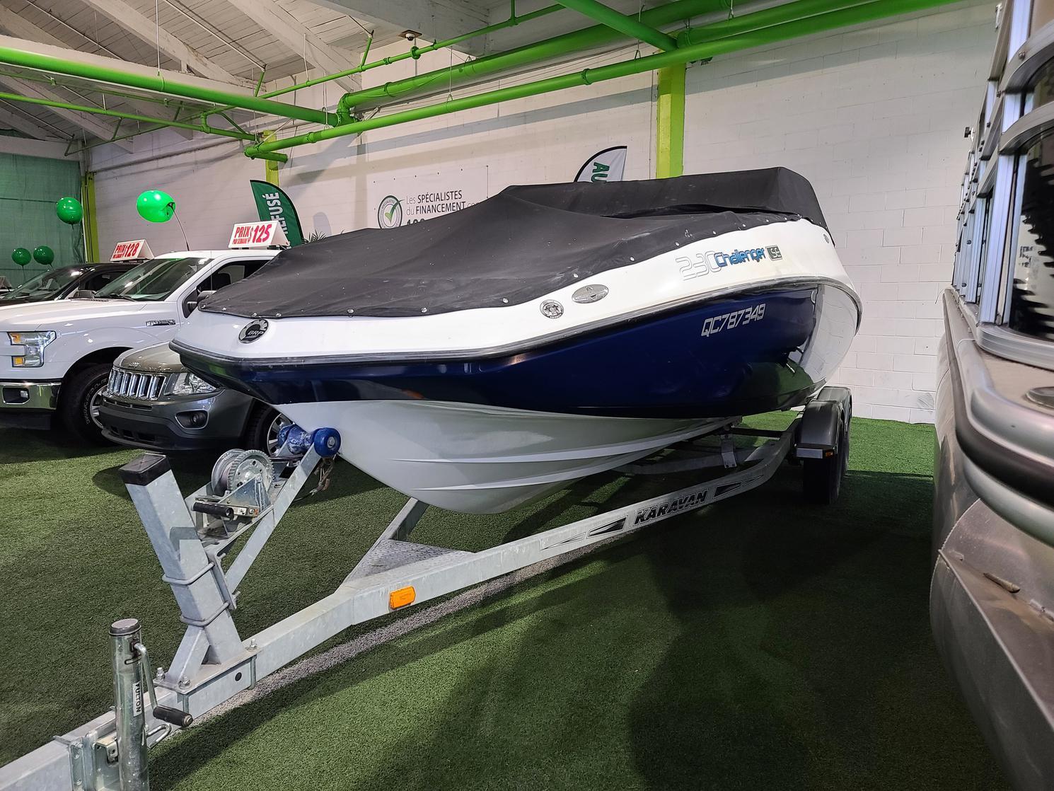 Sea-Doo Challenger 24 pied   430 force rare sur le marché financement disponible 2008